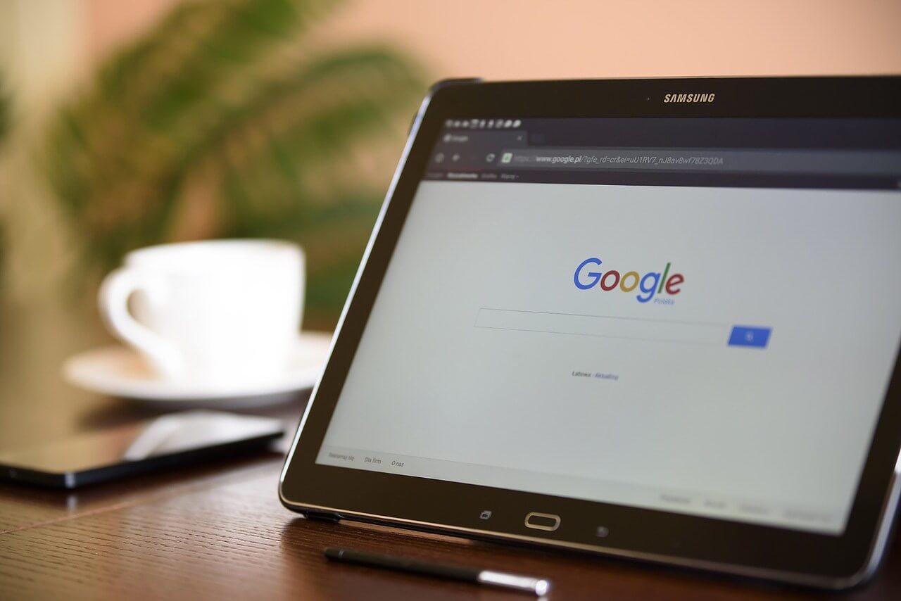 Googleマイビジネスって何?無料で使えるビジネス宣伝ツール