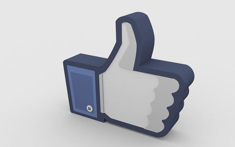 Facebook広告審査のアイキャッチ画像