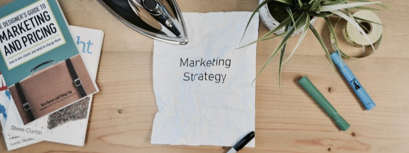 LINE広告で戦略的に集客