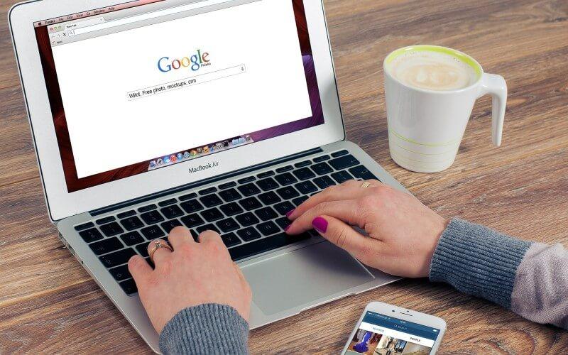 GoogleショッピングはGoogleから検索から検索した後の画面から入れます