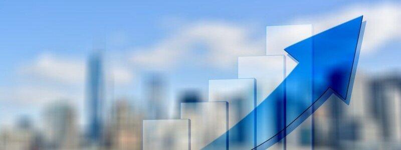 webマーケティング市場の拡大