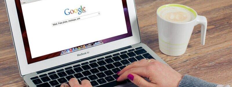 「SEOが重視される理由」をGoogleで検索している様子